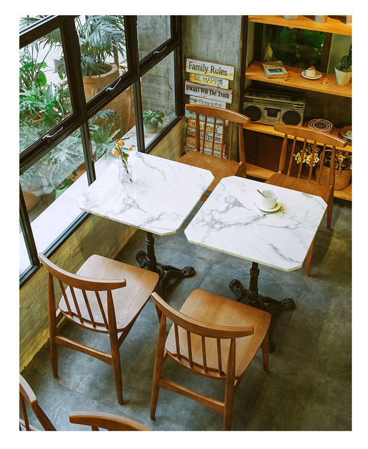 indoor cafe table and chairs