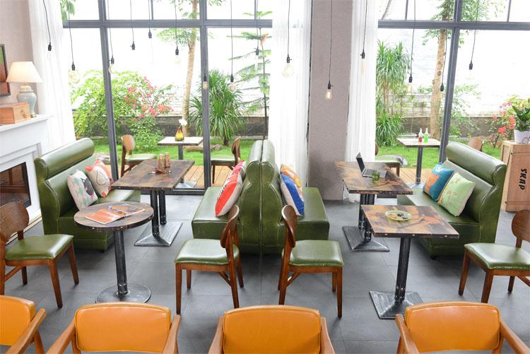 restaurant booth modern