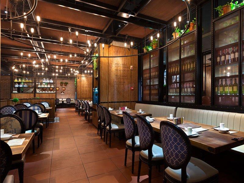 Case3:ZiJing Yake Restaurant