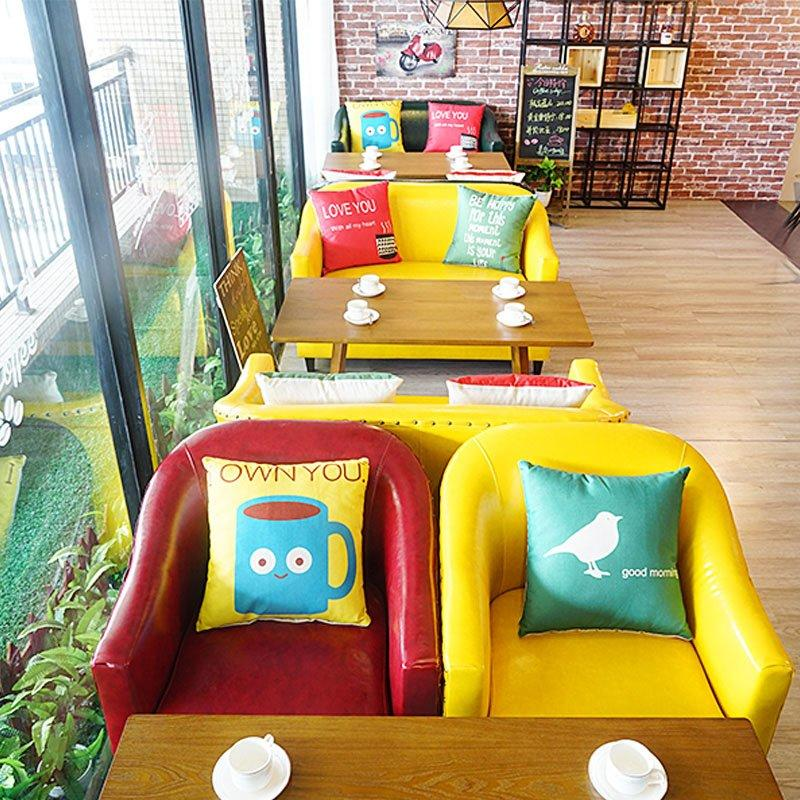 Modern Coffee Shop Dining Table And Colorful Sofa Seating SE012-4
