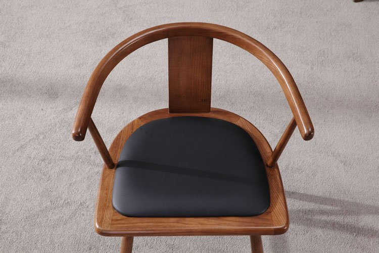 comfortable bistro chairs
