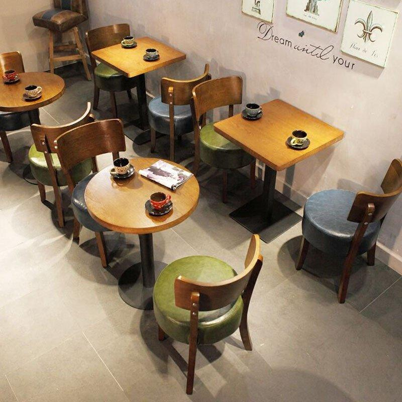 Traditional Restaurant Bistro Table And Chairs GROUP82