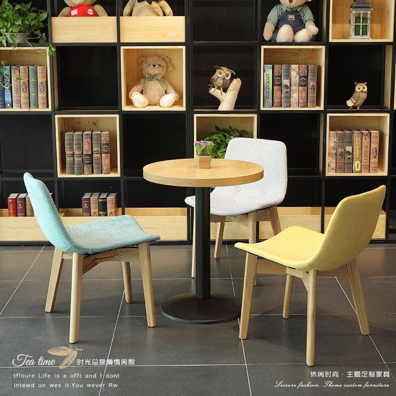 Fashionable Bakeshop Fabric Chair And Wood Table GROUP115