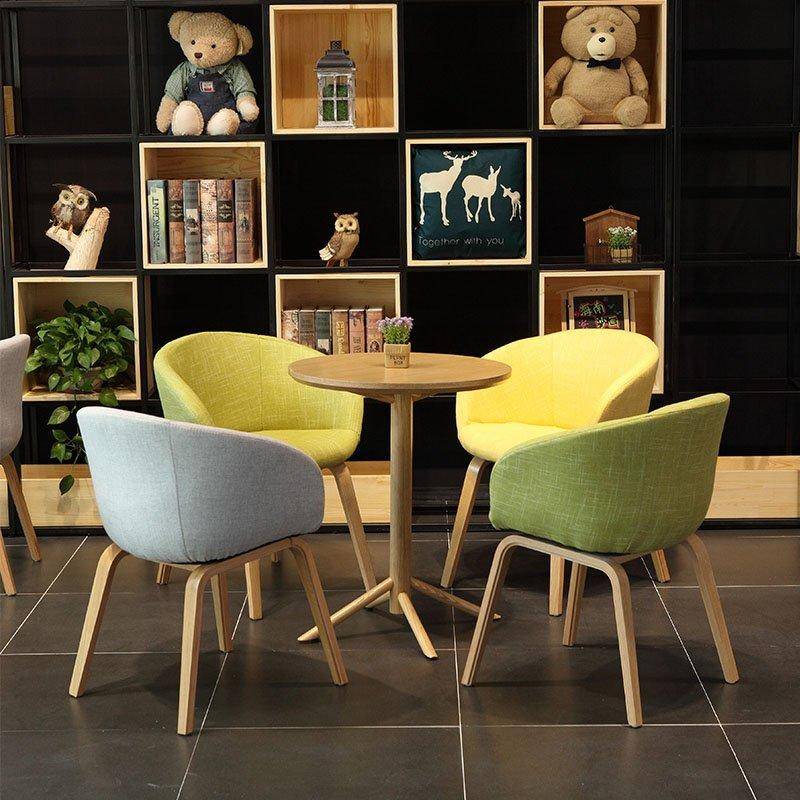 Scandinavian Design Wooden Round Dining Set GROUP116