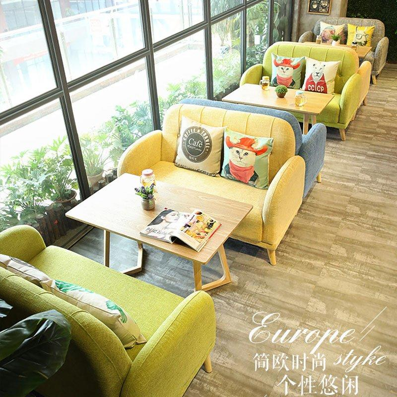 Nordic Restaurant Wooden Table And Fabric Sofas SE007-8
